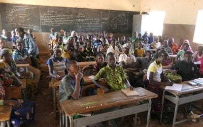 Nous recherchons des fonds pour l'école primaire de Fon