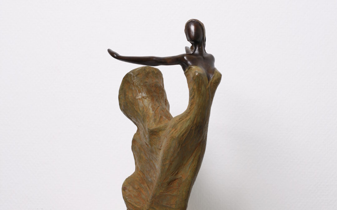 Looking for a beautiful bronze statue?
